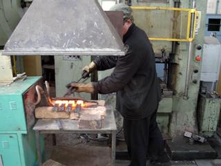 Индукционные установки для нагрева заготовок в кузнечном производстве