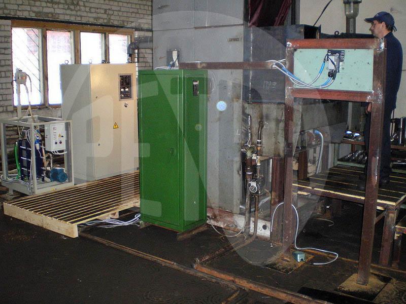 Индукционная нагревательная установка ПЕТРА-0501 для закалки червячных валов
