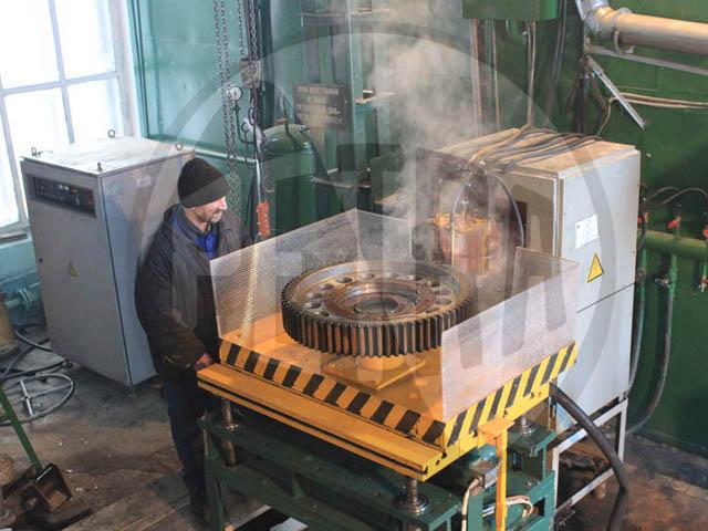 На ОАО «Уфимский тепловозоремонтный завод» запущена установка для закалки крупномодульных шестерен.