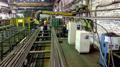 Индукционная установка для очистки насосных штанг