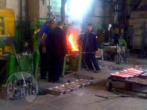 Плавка цветных металлов в печи ИСТ-0,06