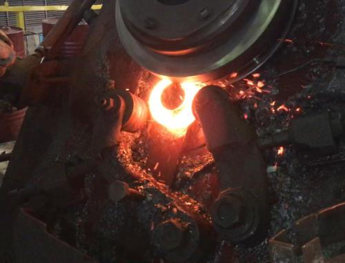 Индукционный нагрев заготовок колец подшипников